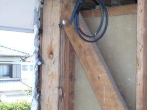 水漏れ被害の外壁